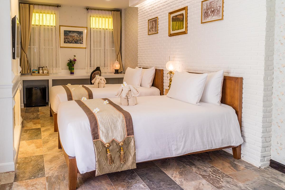 Chuchaiburi Sri Amphawa Hotel  ชูชัยบุรี ศรีอัมพวา Chuchaiburi Sri Amphawa Hotel IMG 4605
