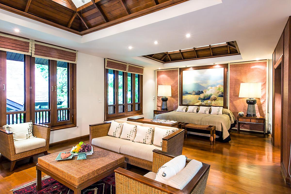 โอเอซิส บ้านแสน ดอย สปา รีสอร์ท (Oasis Baan Saen Doi Spa Resort)  โอเอซิส บ้านแสนดอย สปารีสอร์ท Oasis Baan Saen Doi Spa Doi Tung Luxury Suite living area