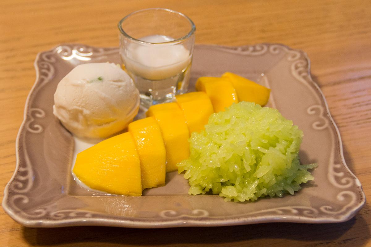 ข้าวเหนียวมะม่วง Palm Cuisine Thonglor  ปาล์ม ควีซีน Palm Cuisine ทองหล่อ IMG 6296