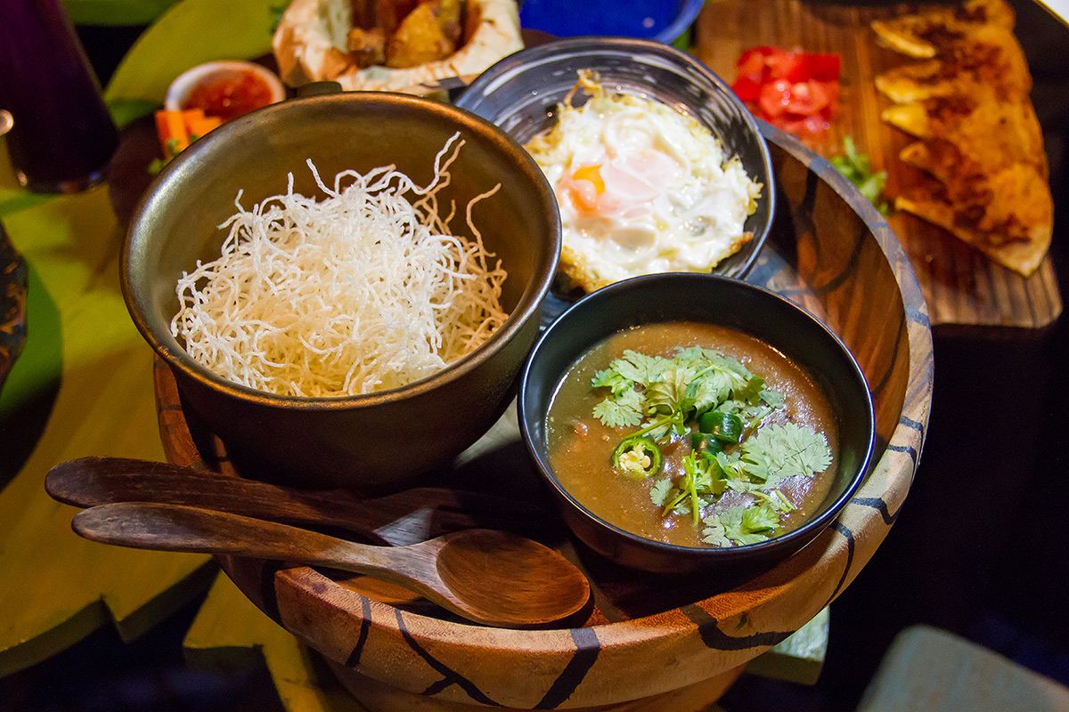 rispy Rice Noodles with Chicken Cream ifitis อิฟอิทอิส ทองหล่อ  ifitis อิฟอิทอิส อาหารสไตล์คอนฟิวชั่น ทองหล่อ ซอย 23 IMG 9018