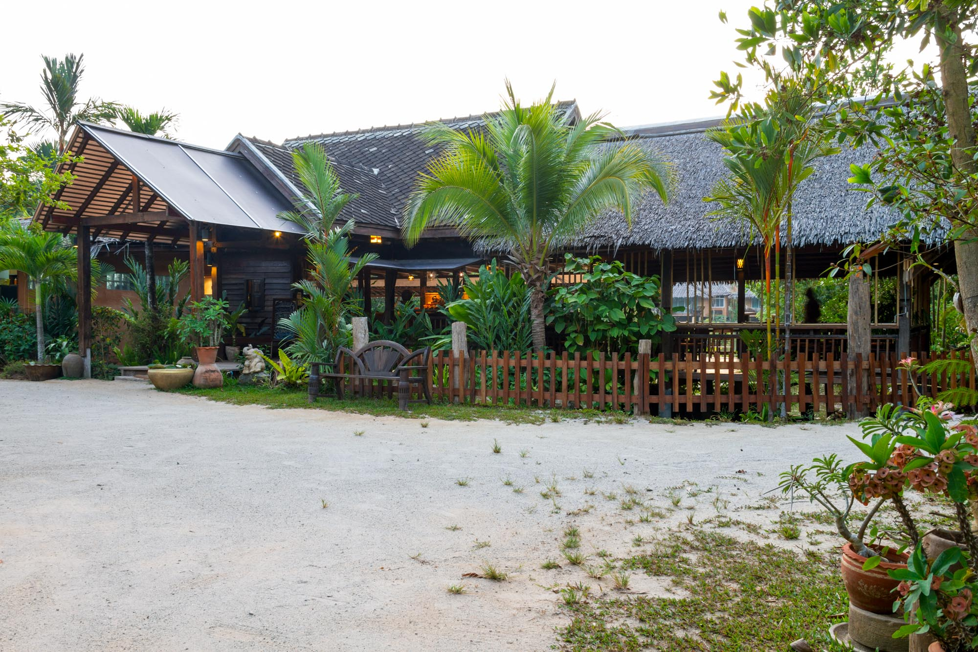 Ban Sainai Resort, Ao Nang Beach, Thailand  บ้านใสใน รีสอร์ท Ban Sainai Resort อ่าวนาง กระบี่ IMG 0295