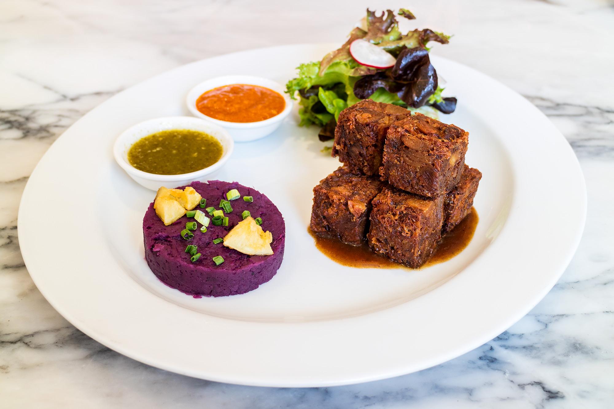 Crispy Pork Cube  Audrey Cafe & Bistro ออเดรย์ คาเฟ่ แอนด์ บิสโทร ทองหล่อ IMG 0553