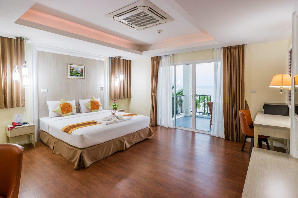 โรงแรม เซนต โทรเปซ บช รสอรท โฮเทล จนทบร สวยตดหาด อาวคง