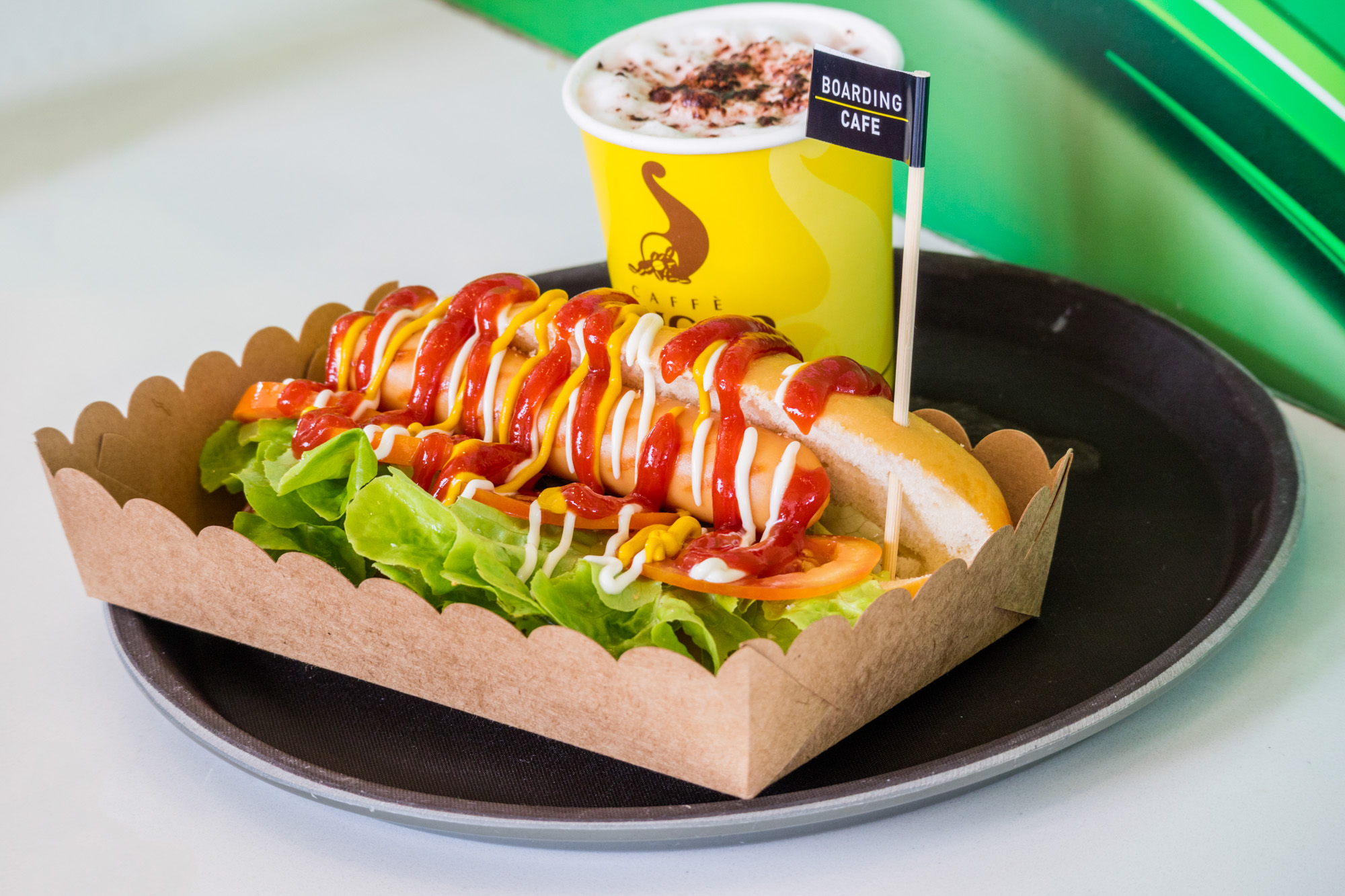Bun Hotdog Boarding Café Phuket  ร้านอาหารแนะนำ ในอาคารผู้โดยสารขาออกระหว่างประเทศ ท่าอากาศยานภูเก็ต IMG 8198
