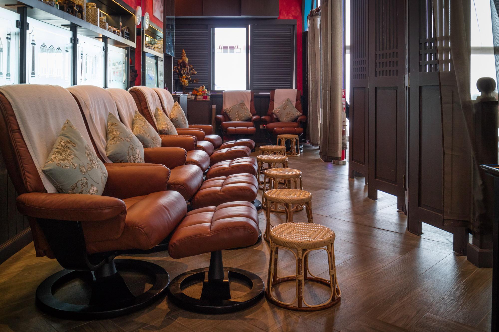 Tai Massage  ร้านอาหารแนะนำ ในอาคารผู้โดยสารขาออกระหว่างประเทศ ท่าอากาศยานภูเก็ต IMG 8259