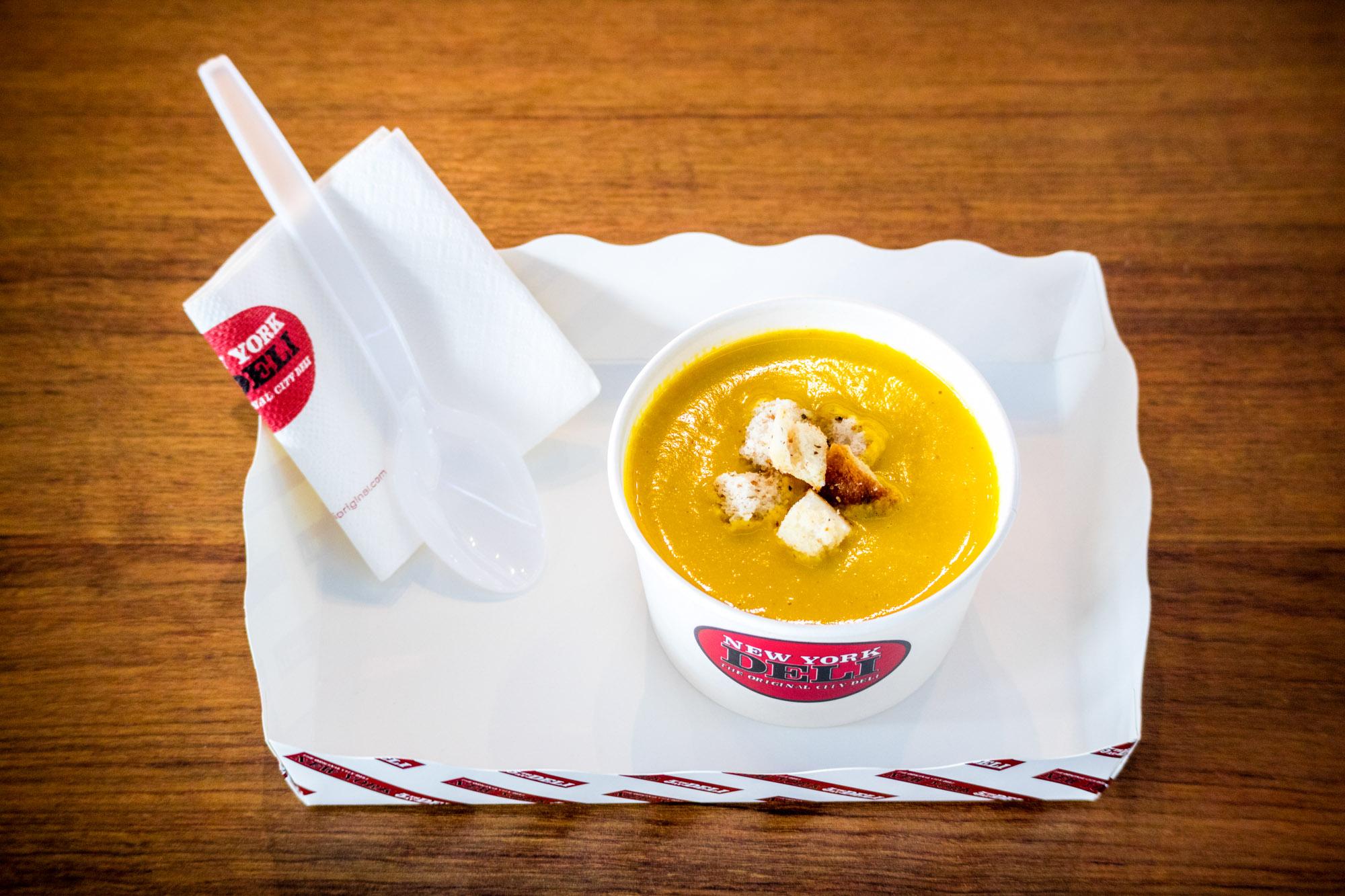 Pumpkin Soup  ร้านอาหารแนะนำ ในอาคารผู้โดยสารขาออกระหว่างประเทศ ท่าอากาศยานภูเก็ต IMG 8306