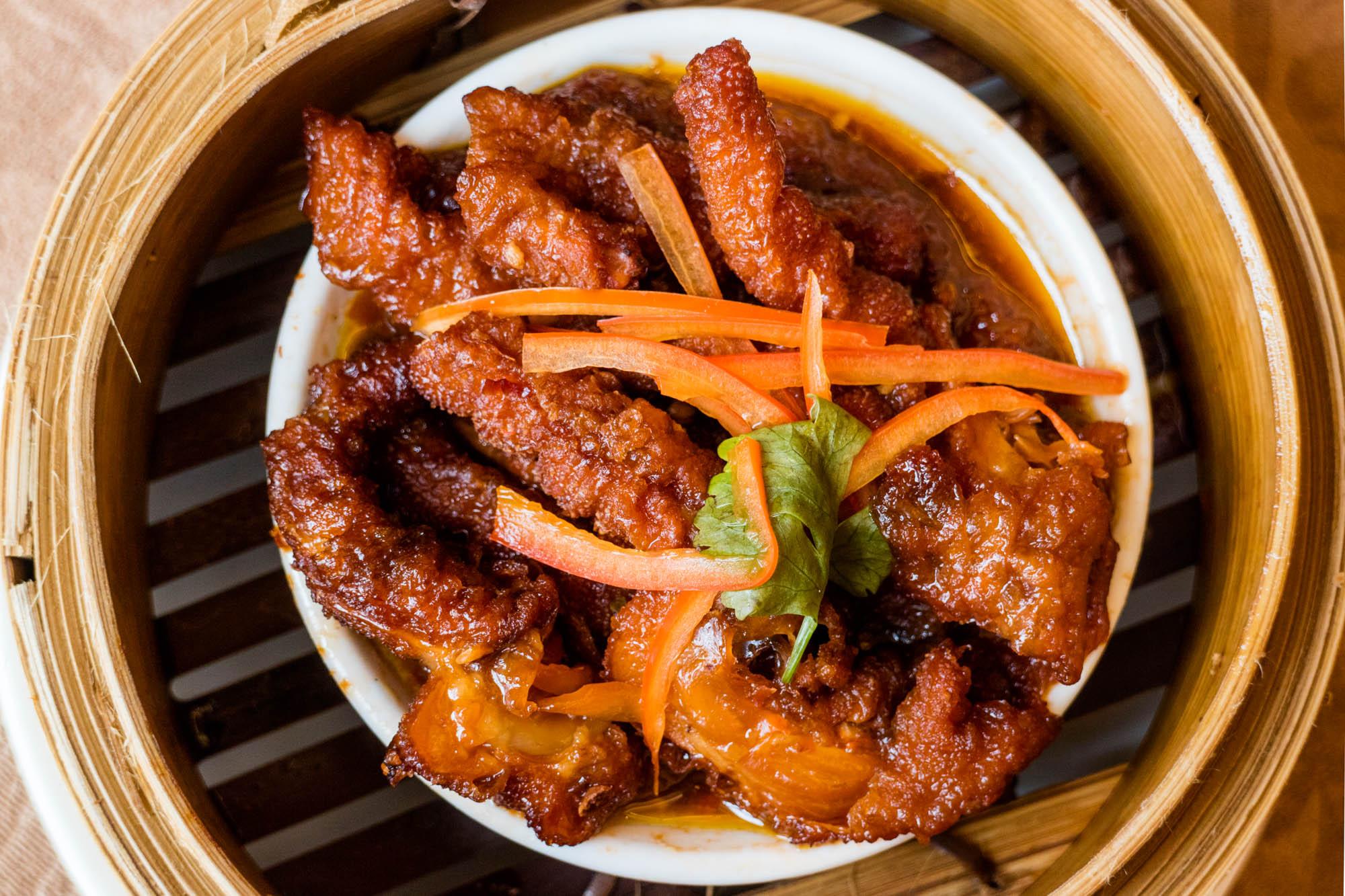 ไก่ซอสพริกเอ็กซ์โอ  ห้องอาหารจีนหยู เห้อ สไตล์ฮ่องกง คุณภาพฮ่องเต้ IMG 0055 1