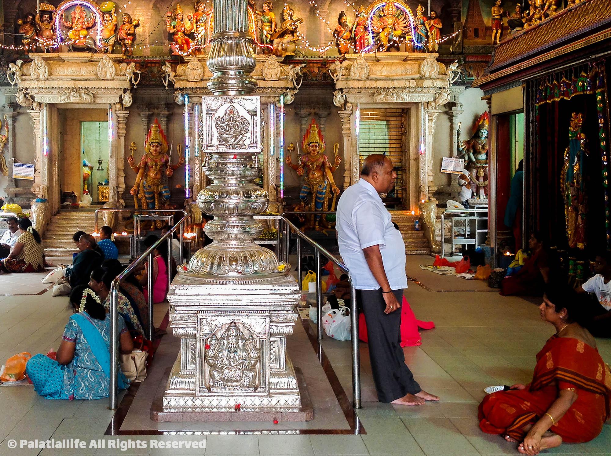วัดศรี วิรามกาลีอัมมัน Sri Veeramakaliamman Temple  สิงคโปร์ เที่ยวเตร็ดเตร่ไปตาม 5 ย่านยอดฮิตที่ไม่ควรพลาด IMG 3381