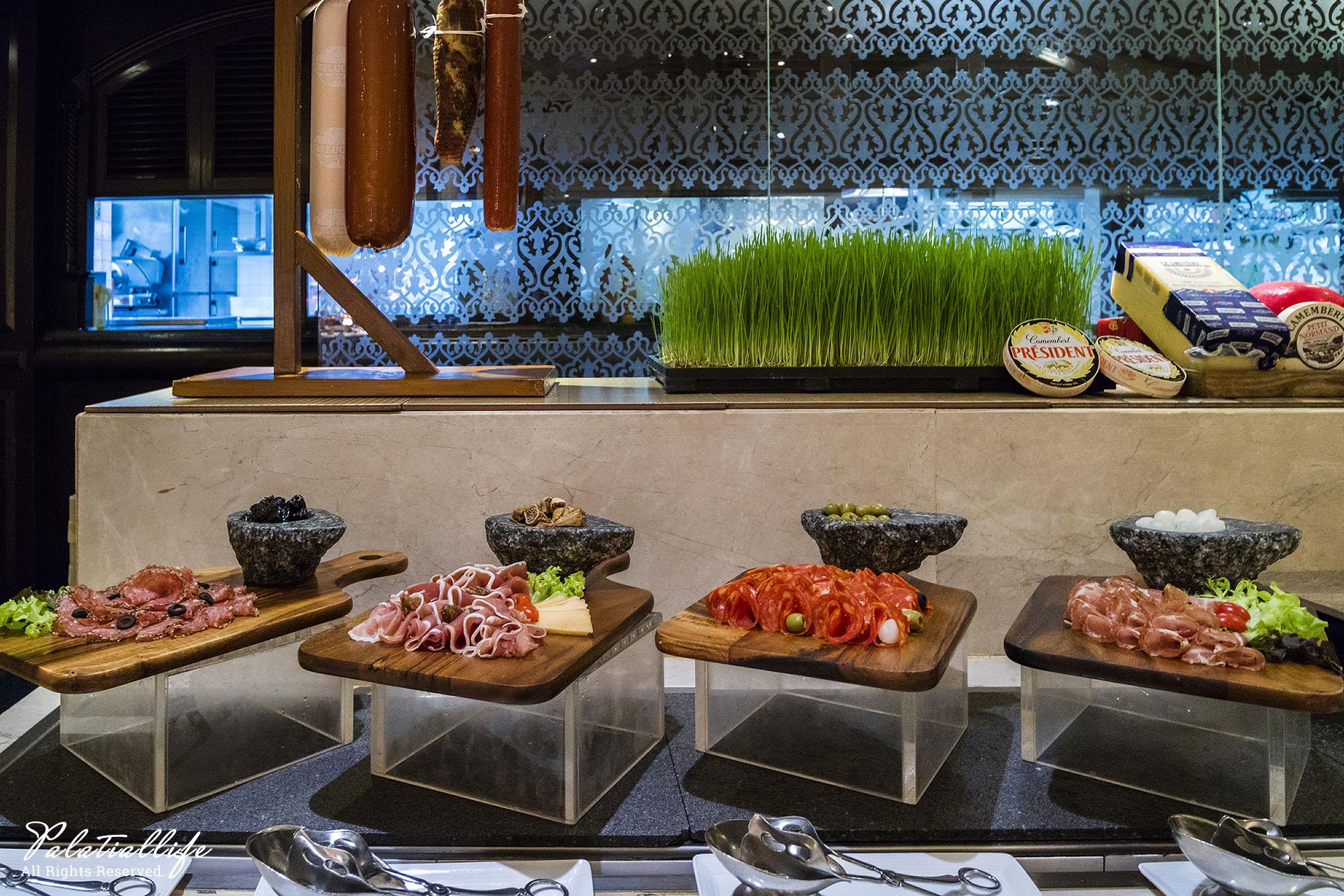 The Pavilion ชั้น Lobby โรงแรม Dusit Thani Bangkok  ห้องอาหาร The Pavilion โรงแรมดุสิตธานี กรุงเทพ ฯ บุฟเฟ่ต์ซีฟู้ดส์ ค่ำวันศุกร์-เสาร์ สุดอลัง IMG 0067