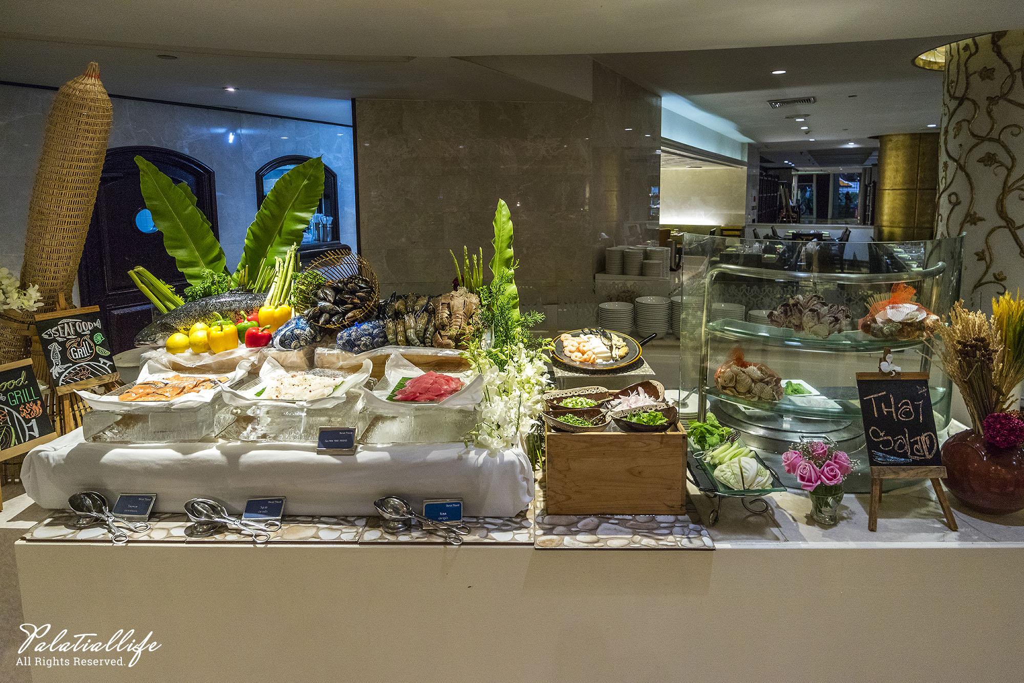 The Pavilion ชั้น Lobby โรงแรม Dusit Thani Bangkok  ห้องอาหาร The Pavilion โรงแรมดุสิตธานี กรุงเทพ ฯ บุฟเฟ่ต์ซีฟู้ดส์ ค่ำวันศุกร์-เสาร์ สุดอลัง IMG 0070