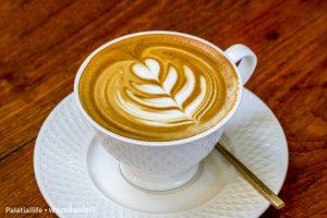 คาเฟ่ ดิ โอเอซิส Cafe De Oasis  คาเฟ่ ดิ โอเอซิส Cafe De Oasis ร้านกาแฟสวย ชวนชิลล์ เชียงใหม่ IMG 0395 300x200