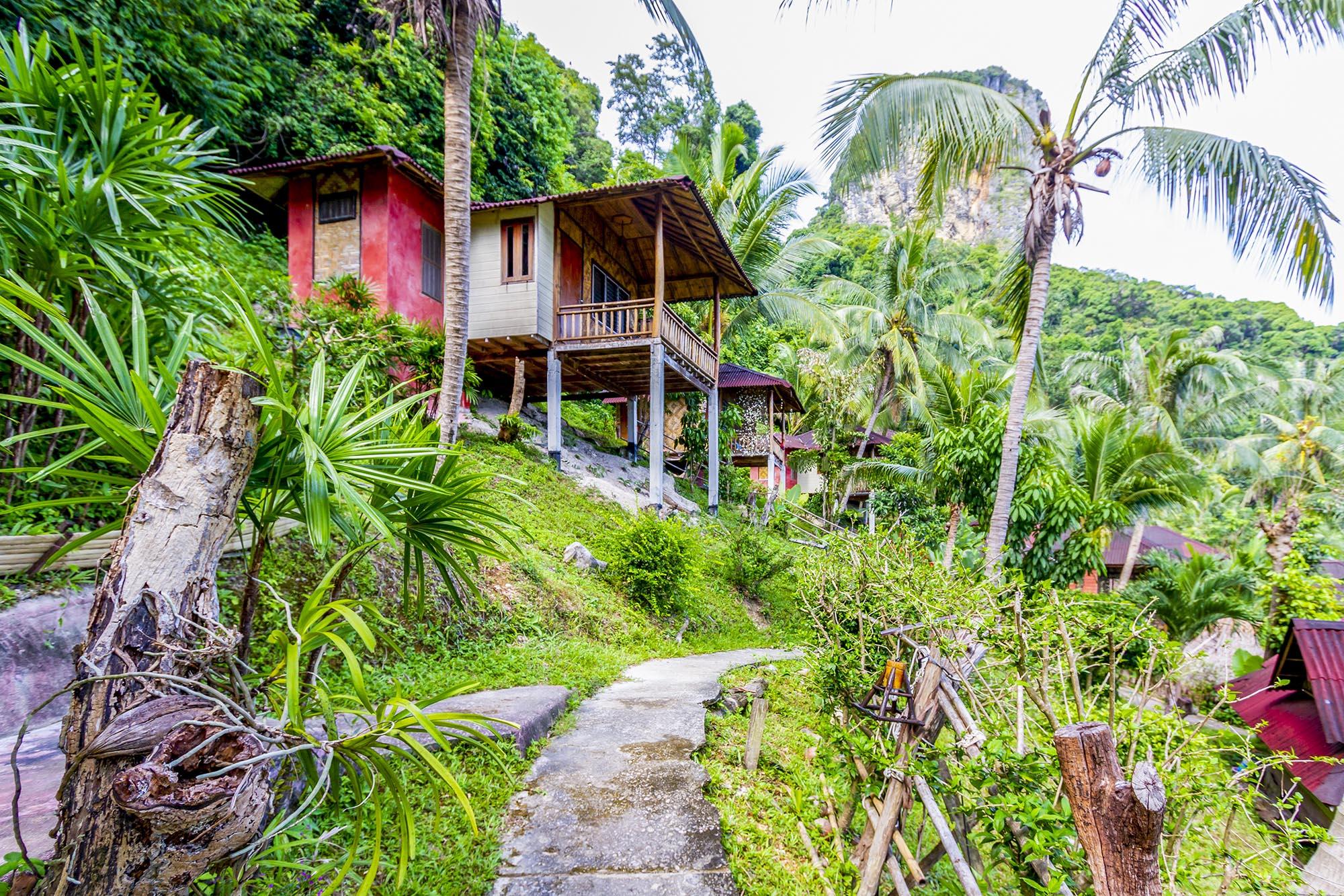 ไร่เลย์ การ์เดน วิว รีสอร์ท (Railay Garden View Resort)  ไร่เลย์ การ์เดน วิว รีสอร์ท (Railay Garden View Resort)                                                                             Railay Garden View Resort