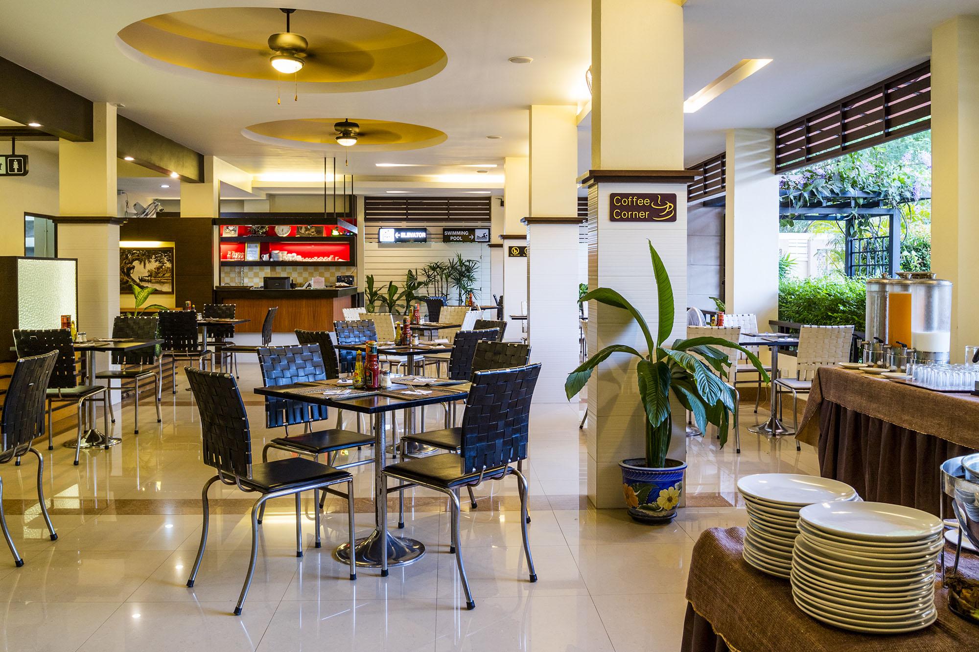 โรงแรมสกุลชัย เพลส โรงแรมฮาลาล เชียงใหม่  โรงแรมสกุลชัย เพลส เชียงใหม่ ห้องพักสะอาด ราคาหลักร้อย IMG 7232